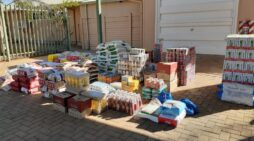 Eskom and its contractors in Lephalale provide food relief for destitute families